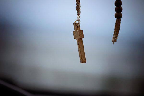 rappende priester